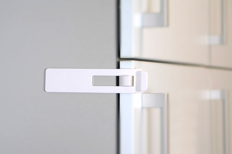 Kühlschrank Schloss : H h bs kühlschranksicherung sicherung kühlschrankschloss